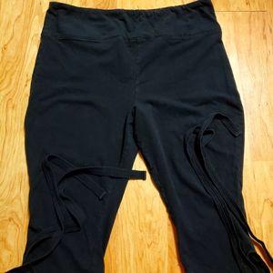 Black Cropped Leggings with ballerina ties
